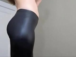 I love to put on my leather leggings and play tease and denial games MyLustcom