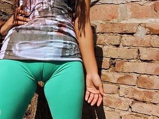 Big Cameltoe Teen In Ultra Tight Leggins! Big Round Ass n Tits